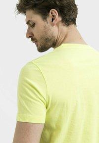 camel active - Basic T-shirt - limone - 4