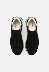 Guess - MADE SMART - Trainers - black - 3