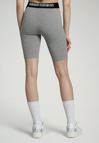 Napapijri - Shorts - medium grey melange - 2