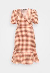 Vero Moda Curve - VMTAMITTA MIDI DRESS - Day dress - chutney - 3