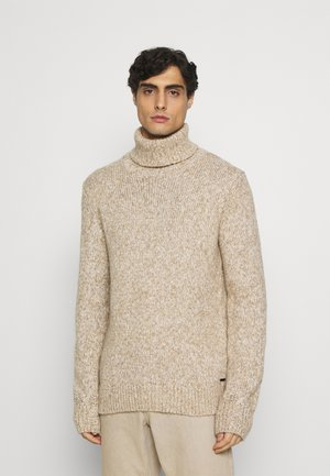 TURTLE NECK SWEATER - Stickad tröja - white/camel