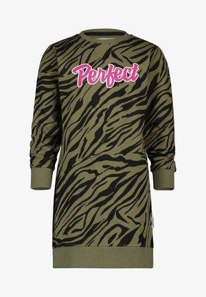 PIEKE - Jersey dress - multicolor army green