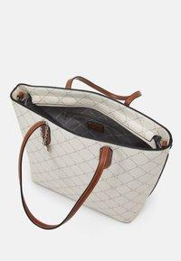 Tamaris - ANASTASIA CLASSIC - Handbag - ecru - 2
