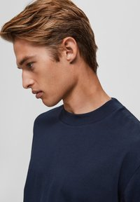 Selected Homme - T-shirts basic - sky captain - 3