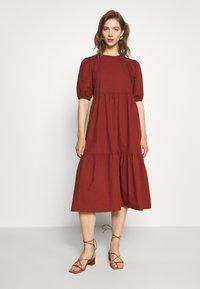 Pieces - PCPARSLEY  - Day dress - dark brown - 0