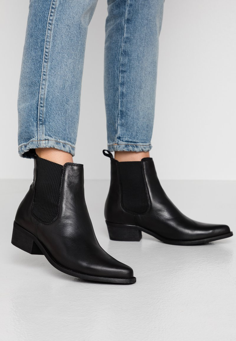 Bianco - BIACOCO CHELSEA WESTERN - Classic ankle boots - black