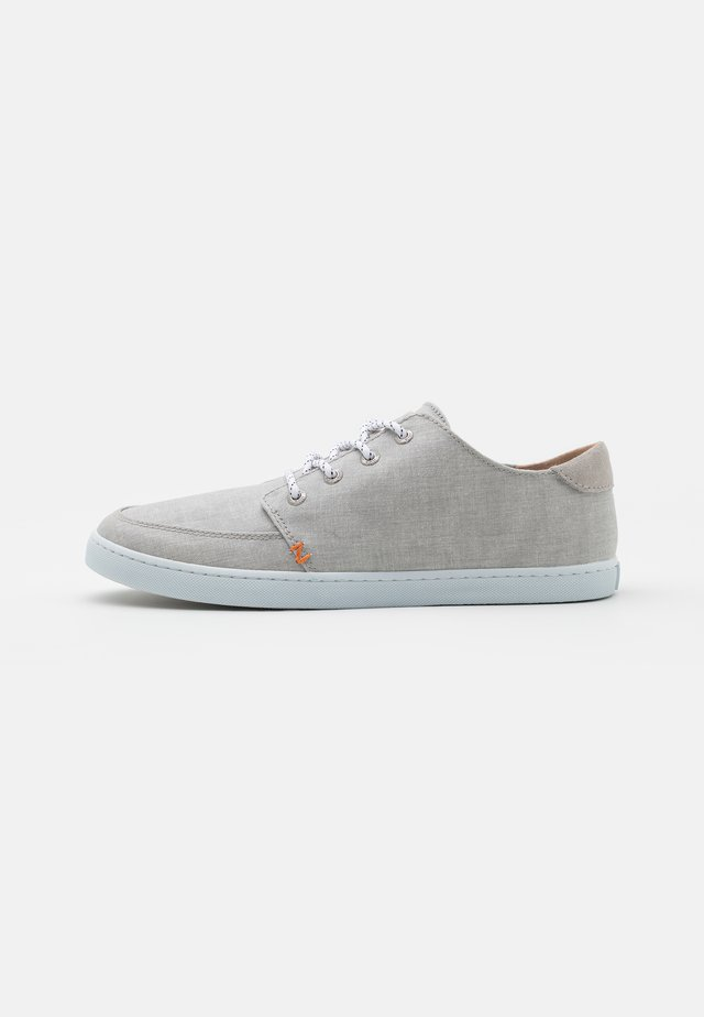 BOSS - Sneakers - neutral grey/white