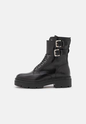 FREYA - Šněrovací kotníkové boty - noir