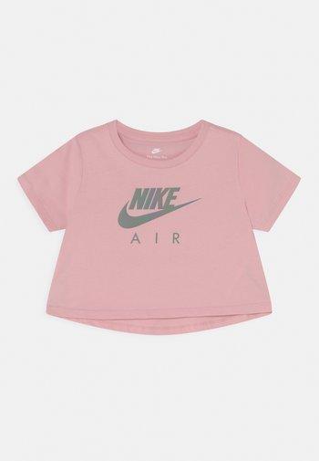 TEE CROP AIR - T-shirt con stampa - pink glaze