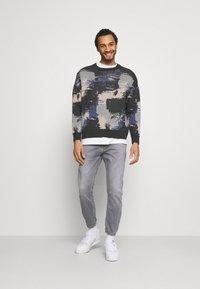 Gabba - ALEX SANZA - Jeans Tapered Fit - grey denim - 1