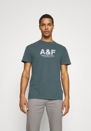 CROSS CHEST TECH  - Print T-shirt - dark slate
