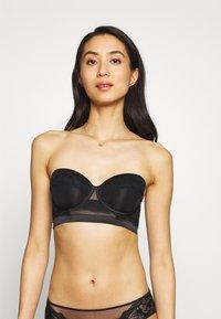 Calvin Klein Underwear - SPRING ROSE STRAPLESS - Stropløse & variable BH'er - black - 3