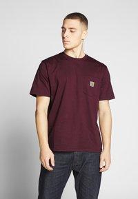 Carhartt WIP - Basic T-shirt - shiraz - 0