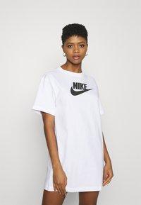 Nike Sportswear - DRESS FUTURA - Vestido ligero - white - 0