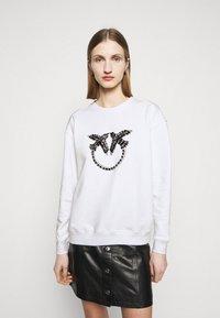 Pinko - NELLY MAGLIA FELPA DIAGONALE - Sweatshirt - white - 0