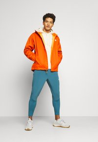 The North Face - MENS QUEST JACKET - Outdoor jacket - flame/black heather - 1