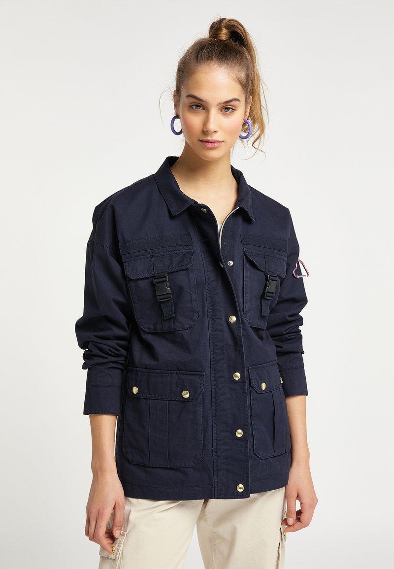 myMo - UTILITY  - Light jacket - marine
