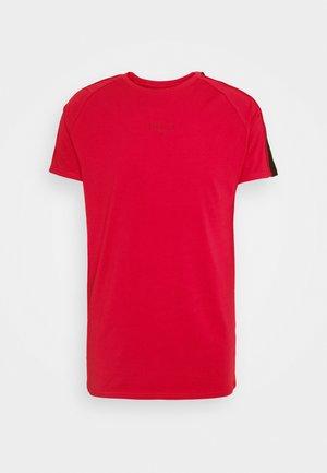 IMPERIAL RAGLAN GYM TEE - Basic T-shirt - dark red