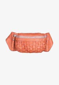 Campomaggi - OSTUNI  - Bum bag - light pink - 3