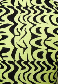 NA-KD - EMILIE MALOU X  NA-KD TURTLENECK BODY - Longsleeve - black/green - 2