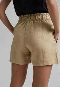 Esprit - Shorts - sand - 4