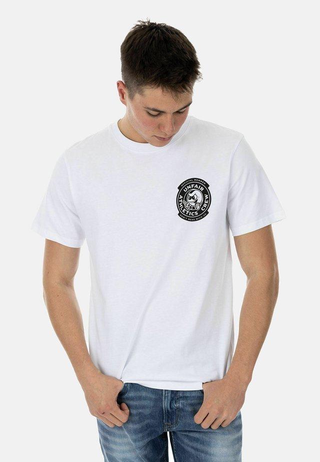 PB KNIFE - Print T-shirt - white