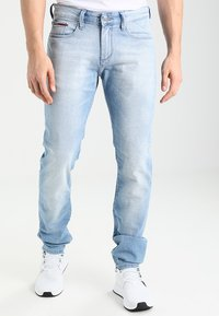 Tommy Jeans - SLIM SCANTON BELB - Jeans slim fit - berry light blue - 0
