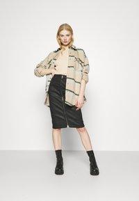 Diesel - D-ELBEE-NE SKIRT - Pencil skirt - black - 1