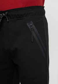 Cars Jeans - BRAGA - Tracksuit bottoms - black - 4