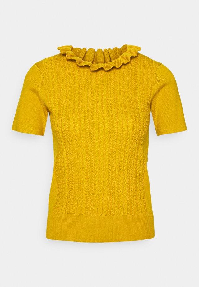 T-shirt print - wild gold