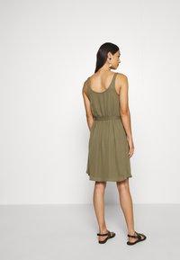 ONLY - ONLBEVERLY ABOVE KNEE DRESS  - Day dress - kalamata - 2