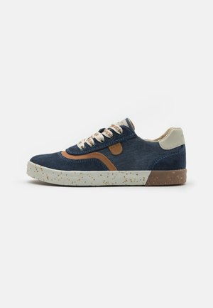 KILWI BOY WWF - Sneakers laag - navy