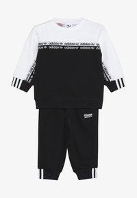 adidas Originals - CREW SET - Sudadera - black/white - 3
