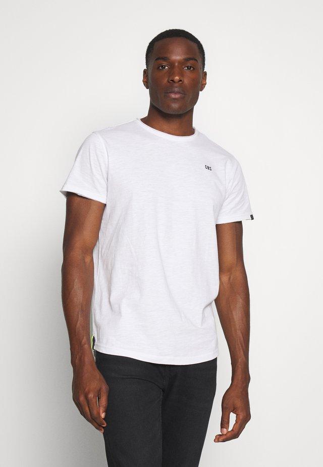 SKYE - T-shirt basic - white