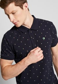 Scotch & Soda - CLASSIC MINI ALL-OVER PRINT - Poloshirt - combo - 5