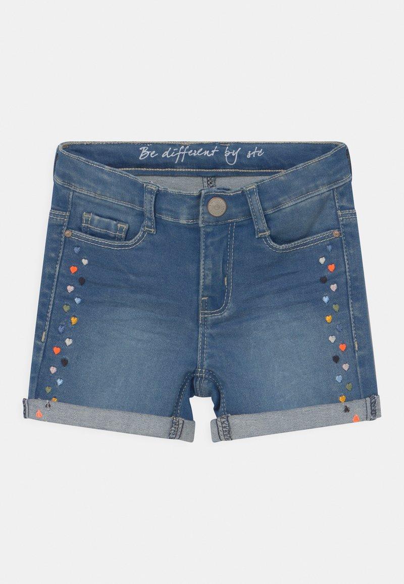 Staccato - KID - Denim shorts - mid blue denim