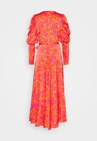Cras - KAROCRAS DRESS - Sukienka letnia - flower field - 1