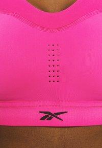 Reebok - PUREMOVE BRA - Urheiluliivit: keskitason tuki - proud pink - 4