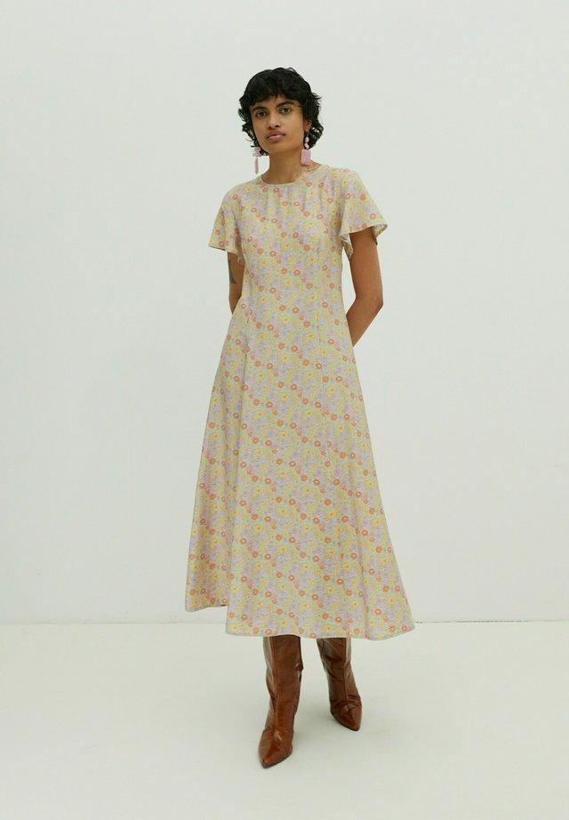 Day dress - helllila