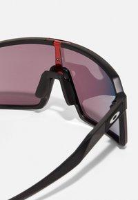Oakley - SUTRO UNISEX - Sports glasses - matte black - 4