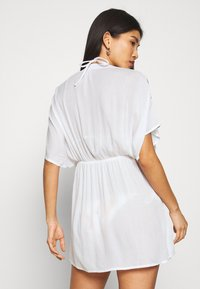 Pour Moi - CRINKLE COVER UP - Beach accessory - white/red - 2