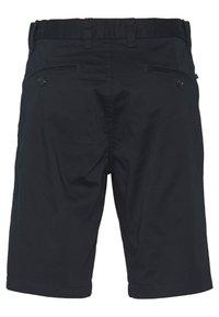 Matinique - MAPRISTU  - Shorts - dark navy - 1