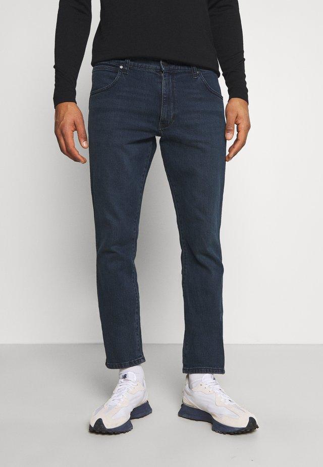 LARSTON - Slim fit jeans - black ocean
