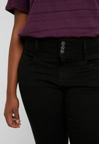 ONLY Carmakoma - Slim fit jeans - black - 4