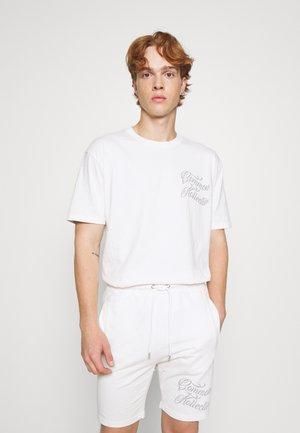 WASH SET UNISEX - Shorts - off-white