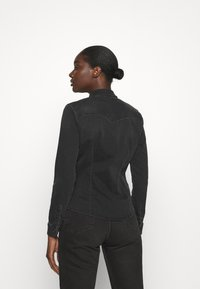 LTB - LUCINDA - Skjorte - black denim - 2