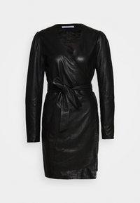 2nd Day - ELECTRA - Pouzdrové šaty - black - 5