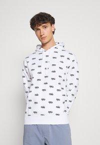Nike Sportswear - CLUB HOODIE SCRIPT - Hættetrøjer - white - 0