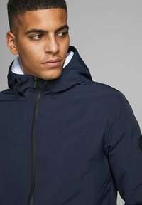 Jack & Jones - JCOSPRING LIGHT JACKET - Summer jacket - sky captain - 3