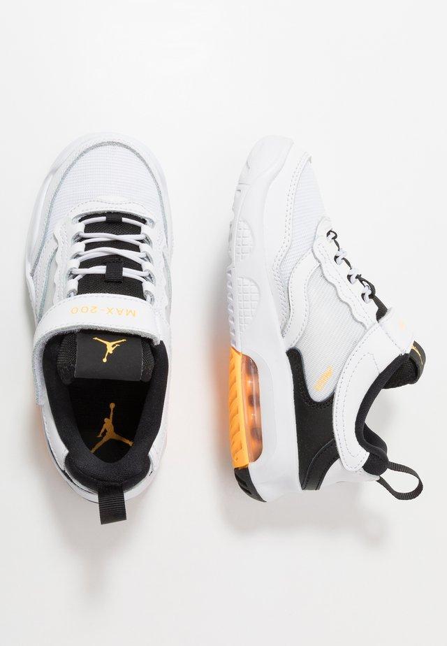 MAX 200  - Sportovní boty - white/laser orange/black